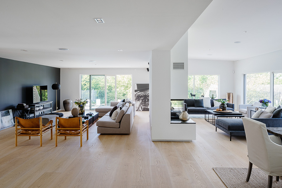 rent in stockholm sweden id 24 exclusiv villa in b stad with swimming pool and sea view. Black Bedroom Furniture Sets. Home Design Ideas